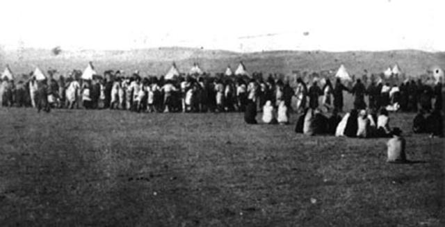 La Danza degli Spiriti in una fotografia dell' epoca